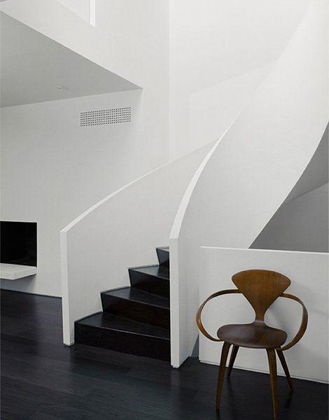 escalera y recubrimiento de pared en corian (FILEminimizer)